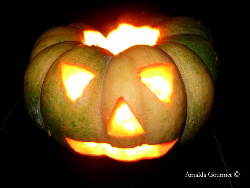 zucca halloween illuminata